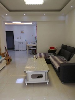 2室2厅1卫90m²精装修