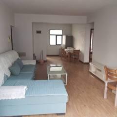 伟业中央公园一期两居装修好的随时看房