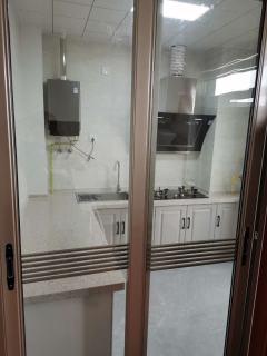 3室2厅2卫148m²简单装修