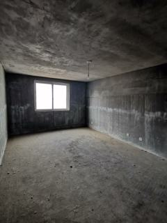 带平台地下室,恒泰丽景庭院5室3厅2卫143平隆盛华庭惠民