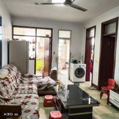 3室1厅1卫100m²简单装修