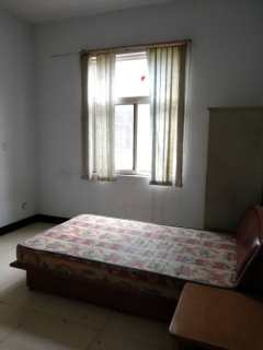5室3厅3卫280m²简单装修