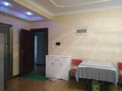大景城旁新科状元城2室2厅1卫85m²精装修