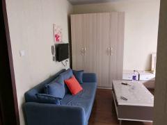 绿地小区电梯房有暖气一室一厅 家具家电齐全随时看房恒大雅苑
