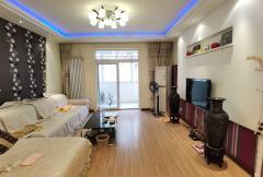 红旗区 一中花园 3室2厅2卫 133m²精装 南北通透 两卧朝南 客厅阳台