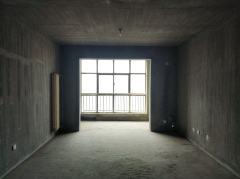 红旗区 伟业中央公园 复式 4室2厅2卫 145万 150m²毛坯 卧室朝南 采光充足