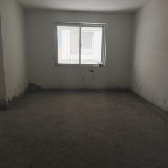 蓝砖国际,电梯低层,三室,单价6千+,随时看