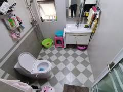 常青藤精装2室 真是照片 老郑 随时看房