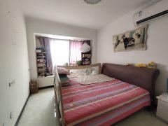 (红旗区)宝龙龙邸2室2厅1卫81万99m²出售