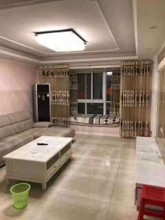 (牧野区)金博城3室2厅2卫1800元/月150m²出租