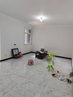 (牧野区)绿都城3室2厅1卫75.8万98m²出售