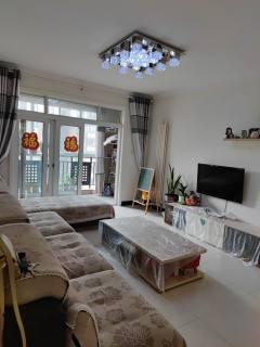 (卫滨区)绿地迪亚上郡2室2厅1卫72万90m²出售