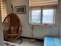 隆胜华庭2室2厅1卫66万83.83m²简单装修出售