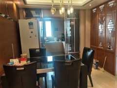 世纪村3室2厅2卫173万156m²精装修出售