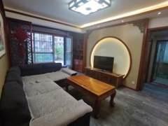 盛大凯旋城2室2厅1卫106万92m²豪华装修出售 带大平台 带家具家电